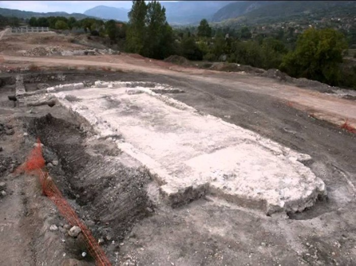 otkrivena-ranohriscanska-bazilika