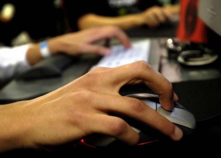 tastatura-internet-kompjuter