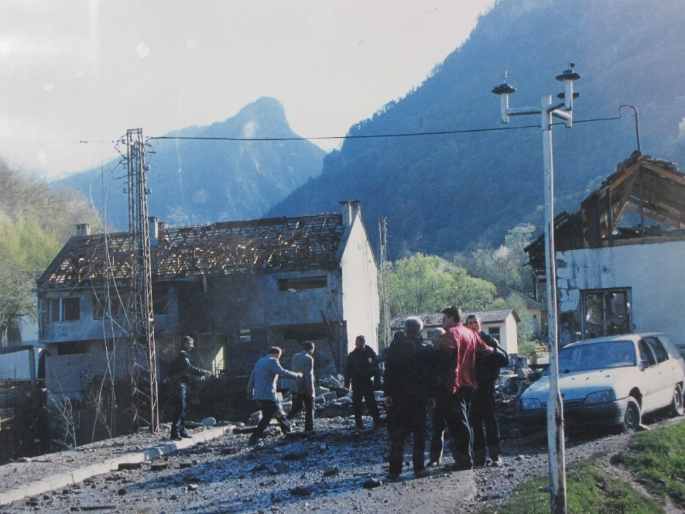 murino1999 Родитељи погинулих у бомбардовању Мурина: Милове нове лажи отварају старе ране