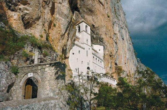 manastir Ostrog2