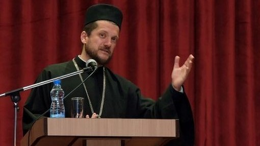 Gojko Perović 09 Избацују Његоша и Светог Саву, а насилно убацују ЛГБТ идеологију