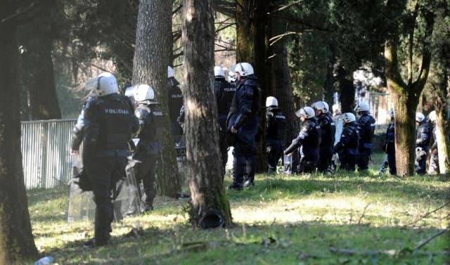 Taci-protest-PG-21