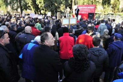 Taci-protest-PG-25