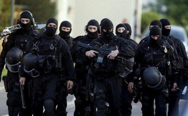 francuski policajci