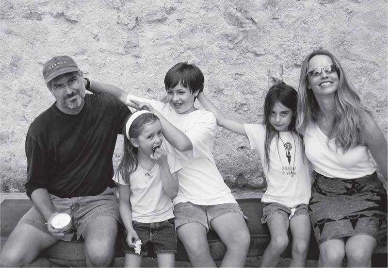 stiv-dzobs-porodica