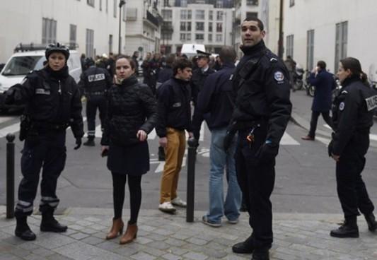 ubistvo novinara-pariz