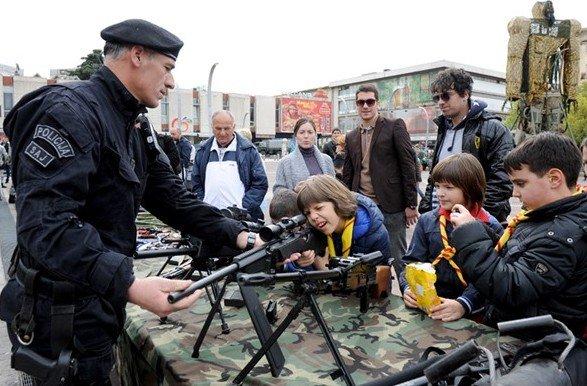 NATO djeca zloupotrebe НАТО математика: Гарчевићева теорема или 50 је мање од 40 (видео)