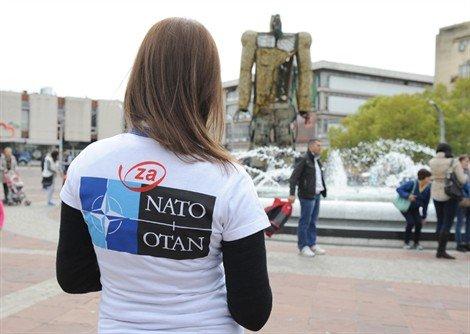 NATO zloupotrebe ucenuka 03 Како Министарство просвјете прави НАТО јаничаре