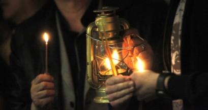 oganja 8 620x0 409x217 Благодатни огањ у манастиру Грачаница