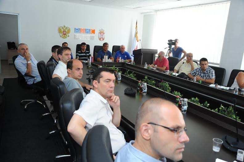 Humanitarni Centar Nis 12 Руси спремни да помогну Црној Гори у борби против пожара