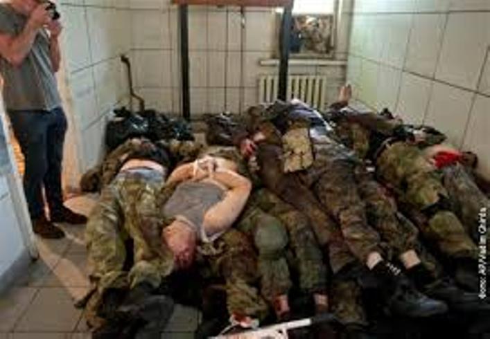 RATNI ZLOCINCI1 Ратни злочини украјинских војника   мучења и нечовечни однос (ФОТО)