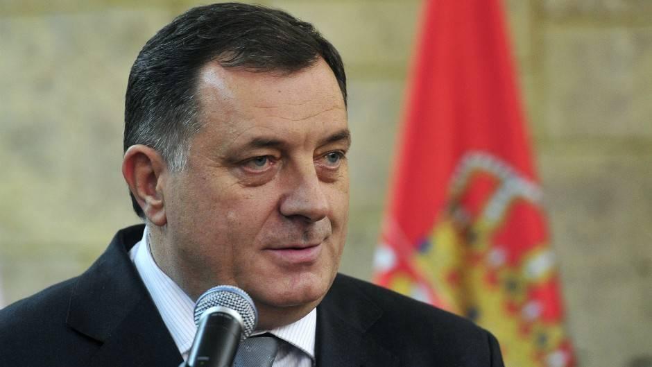 Додик одбио захтјеве за распоређивање војске према Црној Гори и Србији