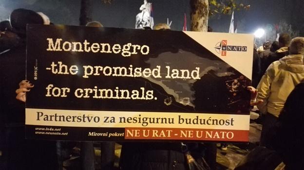 protest anti nato pg