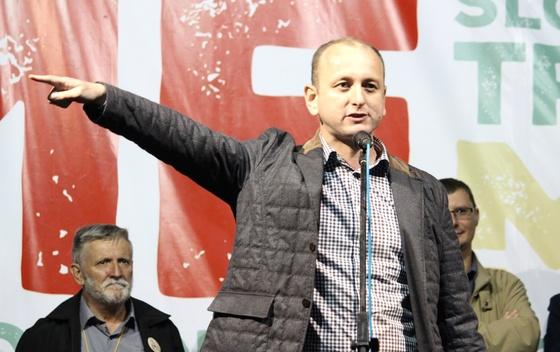 Milan Knezevic 0124 Knežević: Partije koje šuruju sa Milom neće preći cenzus