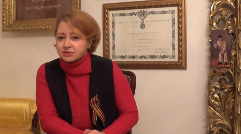 mila aleckovic Мила Алечковић: Српска власт нас гура у америчку гузицу звану Брисел (ВИДЕО)