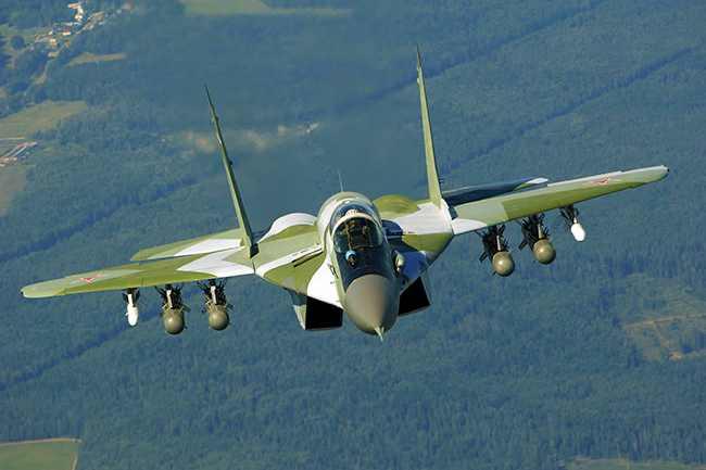 ruski-avion-mig-29-03