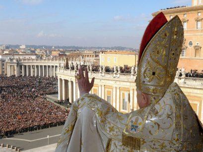 VATICAN-CHRISTMAS-POPE