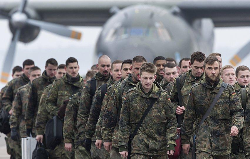NATO vojnici 01 Ковачевић: Паклени план – НАТО трупе чувају Владу Црне Горе