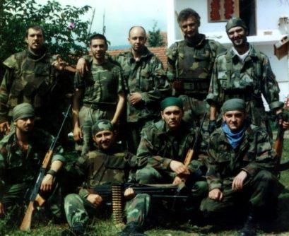 kosare padobranci srbija vojska 600x490 409x334 Генерал Лазаревић: Заплакао сам док се моја војска повлачила са Космета, знао сам да Србе остављамо агресору