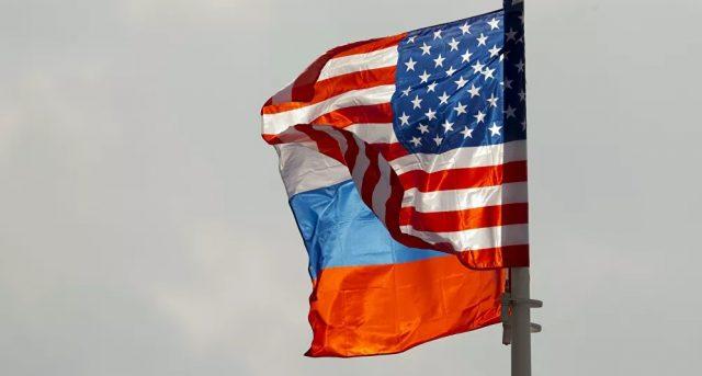 Российские эксперты задаются вопросом, могут ли предусмотренные санкции помешать вести серьезный диалог.
