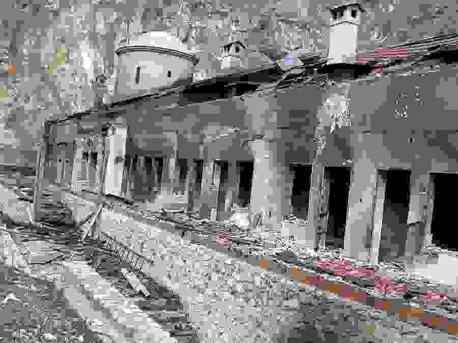 Porušena crkva